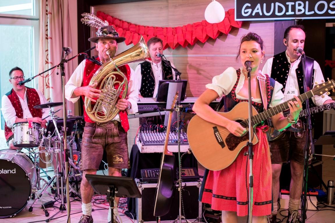 Untermeitingen Konigsbrunn Ein Einmaliger Musikalischer Hohenflug